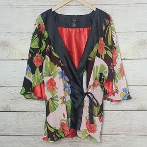 Hot in Hollywood Reversible Kimono Style Top